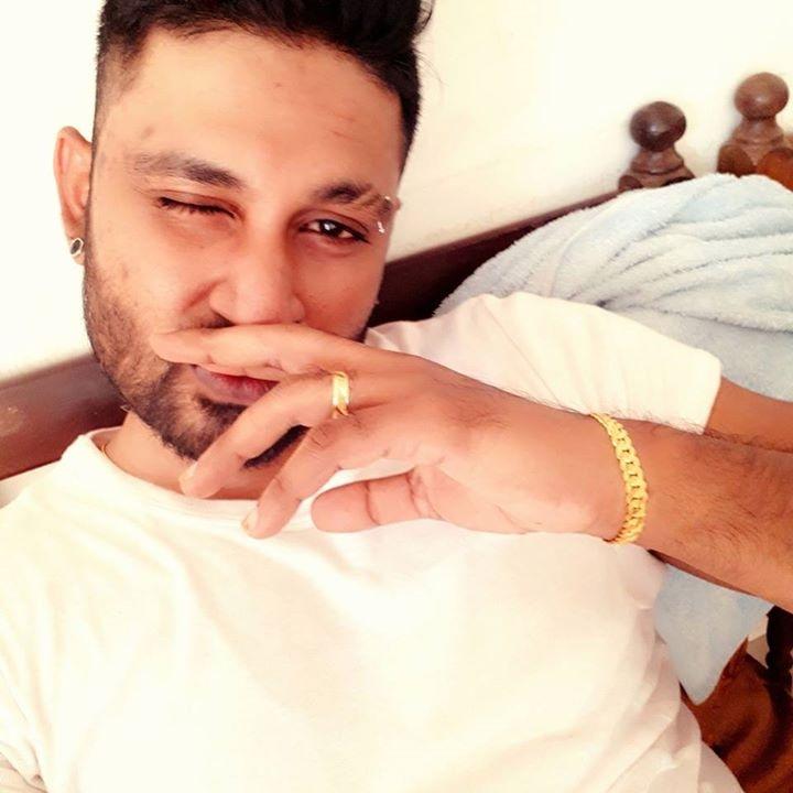 Go to Ravin Vimesh's profile