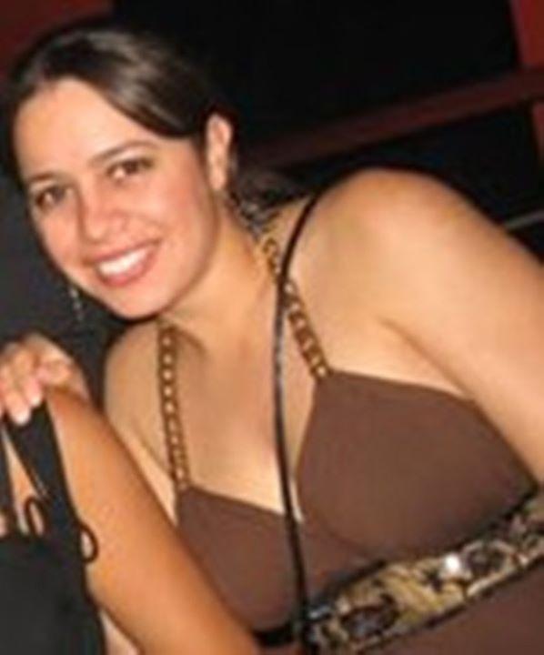 Go to Nayara Valença's profile