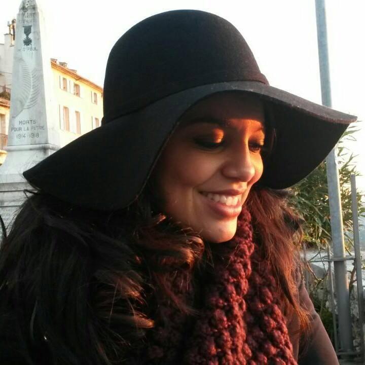 Go to Natália Silveira's profile