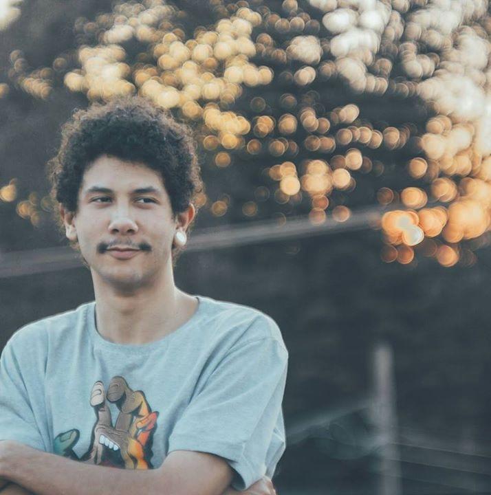 Go to Lucas Vieira's profile