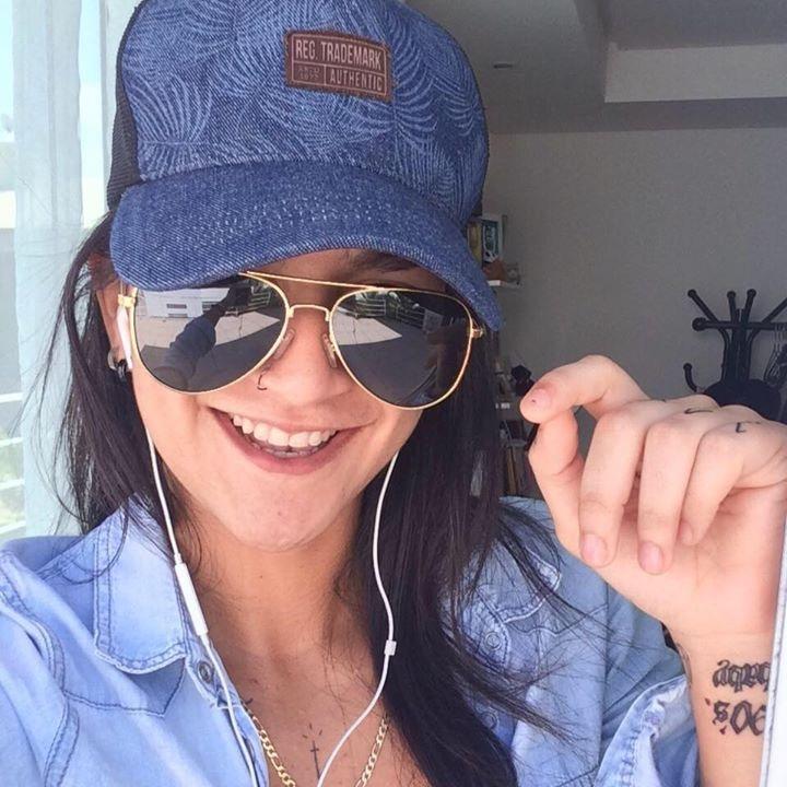 Go to jullyana brasileiro's profile