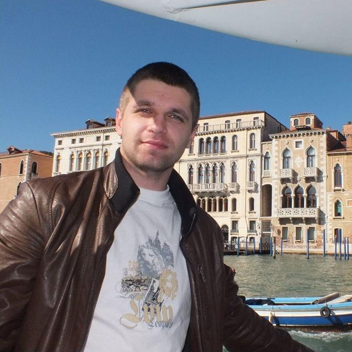 Go to Andriy Yaremkiv's profile