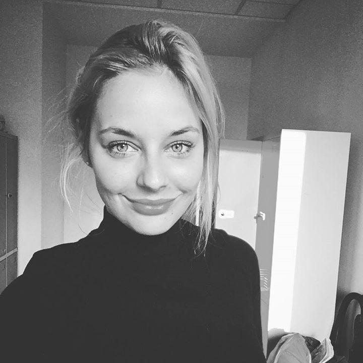 Go to Karolina piwosz's profile