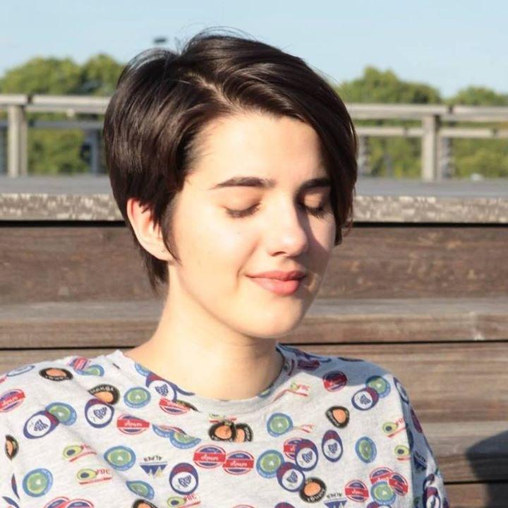Go to Flora Bonnard's profile