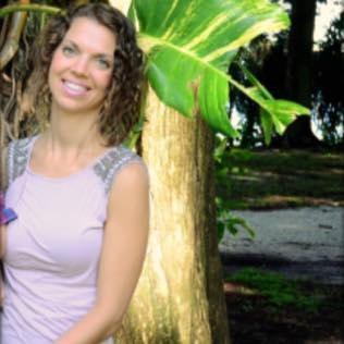 Avatar of user Amanda Bouque
