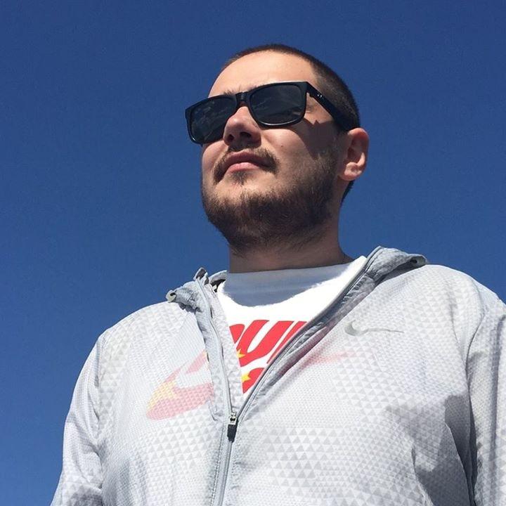 Go to Igor Vas's profile