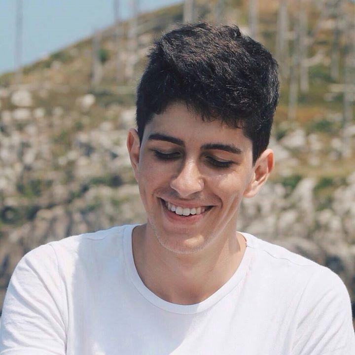 Go to Vicente Núñez's profile