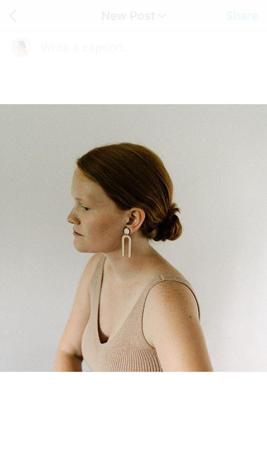 Avatar of user Juliana Barton