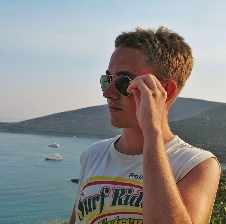 Go to Mihajlo Stojković's profile