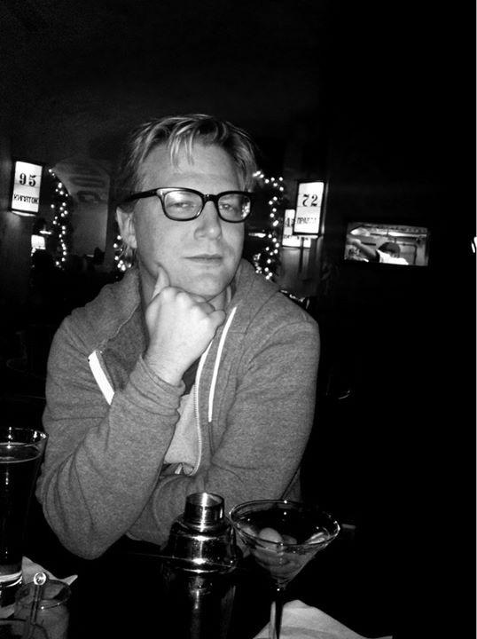Go to Tomas Larsson's profile