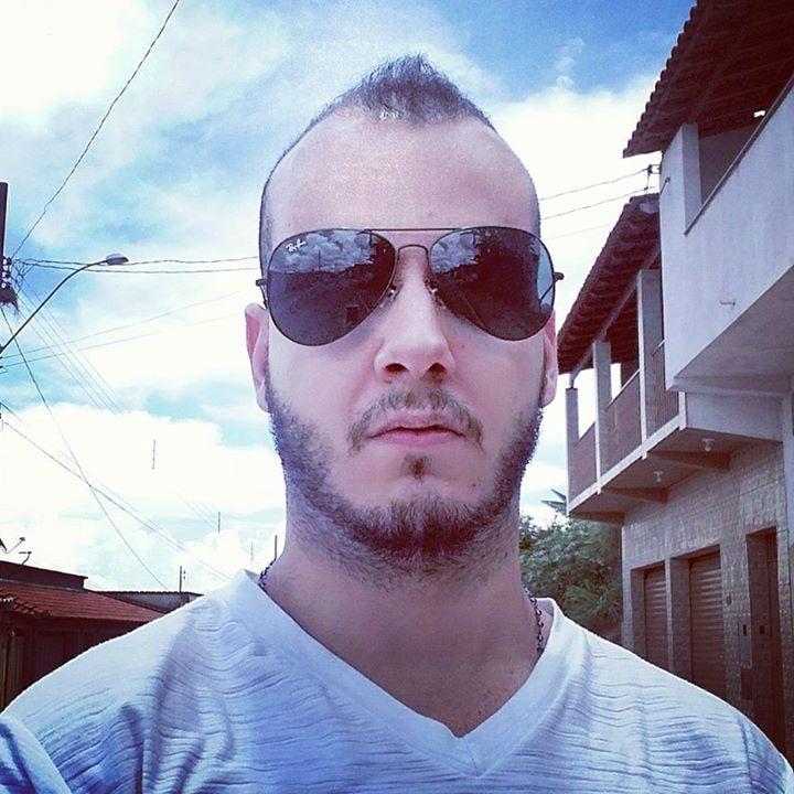 Go to Sander Morais's profile