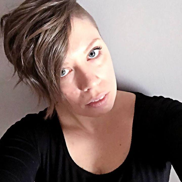 Go to Melanie Bisson's profile