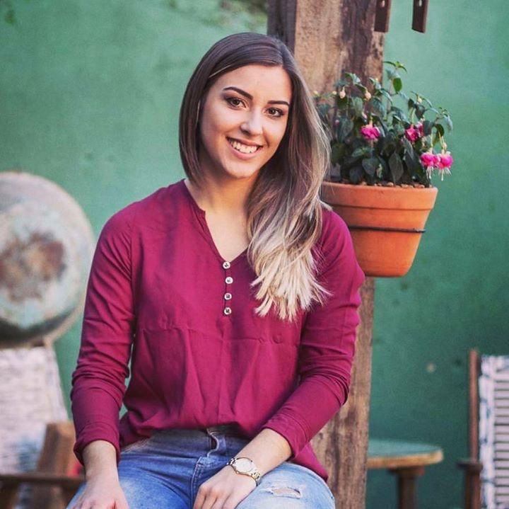 Go to Ananda de Souza's profile