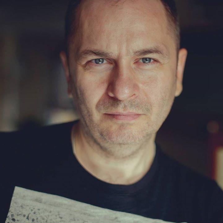 Go to Jacek Dylag's profile