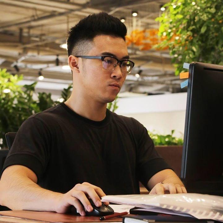 Go to Lê Trưởng's profile