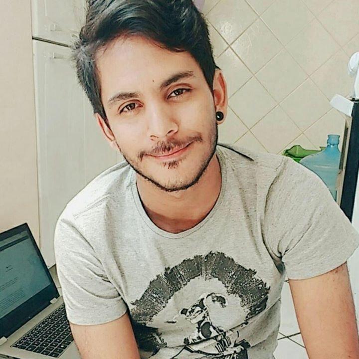 Go to Esron Silva's profile