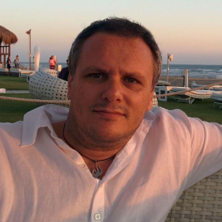 Go to Fabrizio Russo's profile