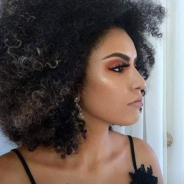 Go to Pâmela Barbosa's profile
