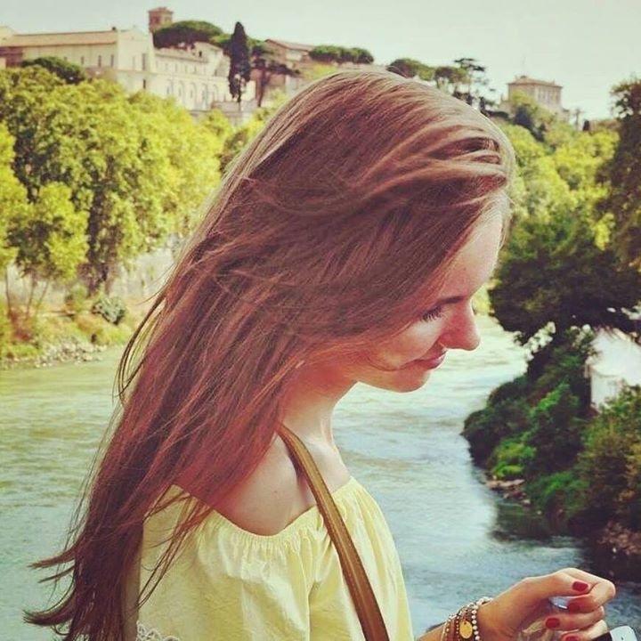 Go to Polinka Ja's profile