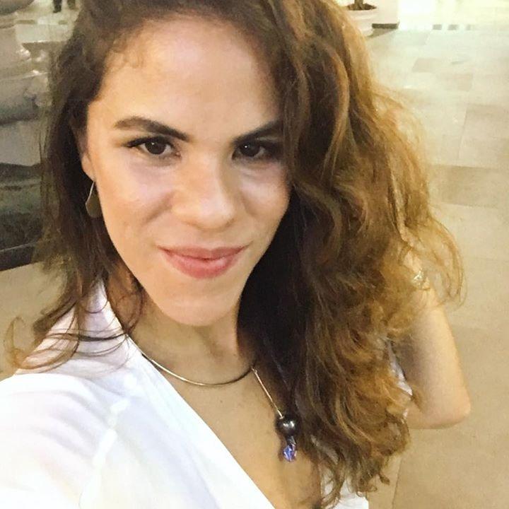 Go to Camila Soares's profile