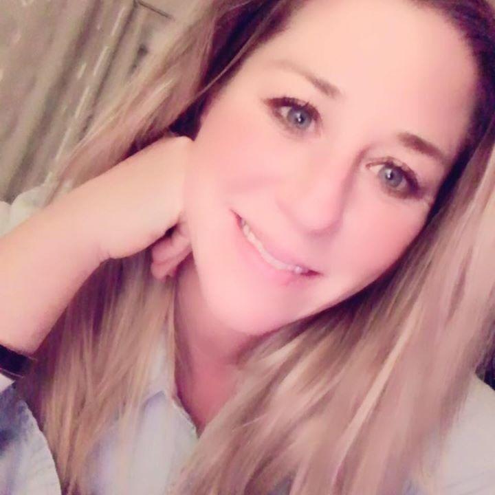 Go to Dannielle VonDerLinden's profile