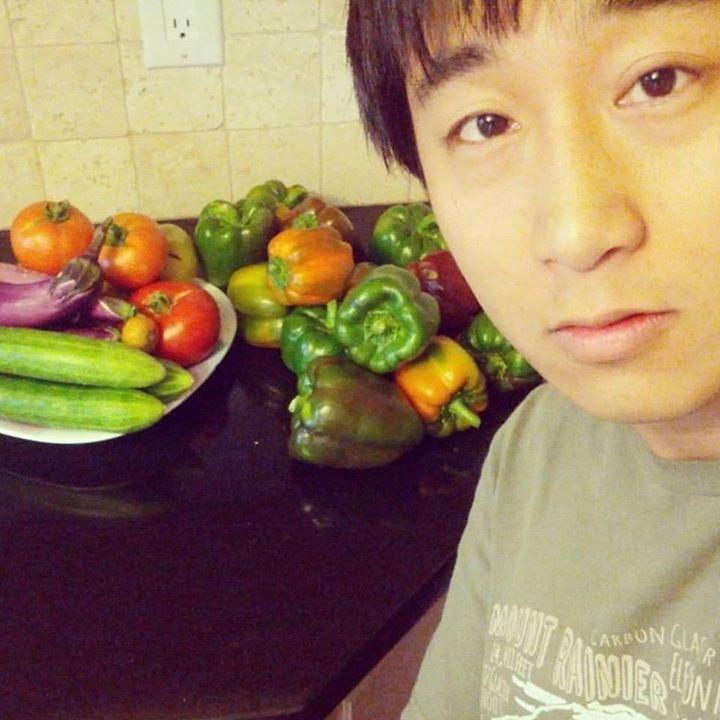 Go to Howard Chen's profile