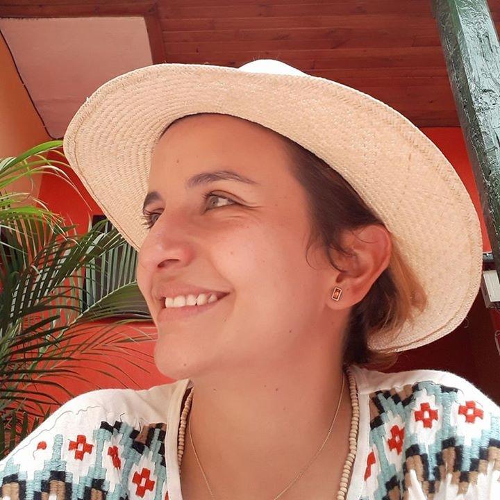 Go to Daniela Mejia's profile