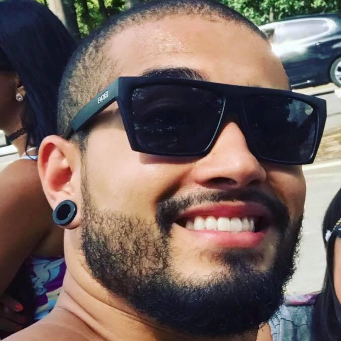 Go to Caio Ferreira's profile