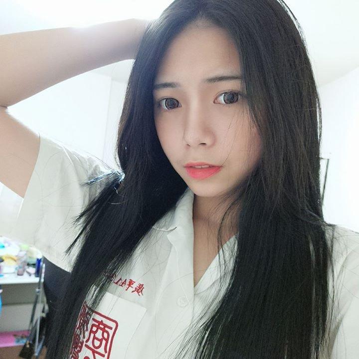 Go to 梓瑄 洪's profile
