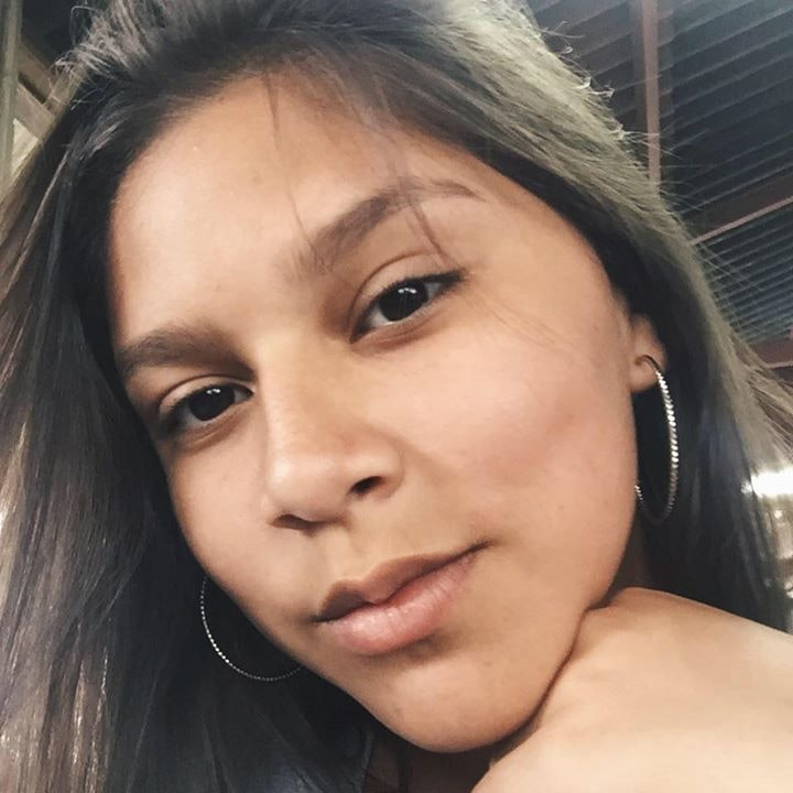 Go to Yohana Santos's profile