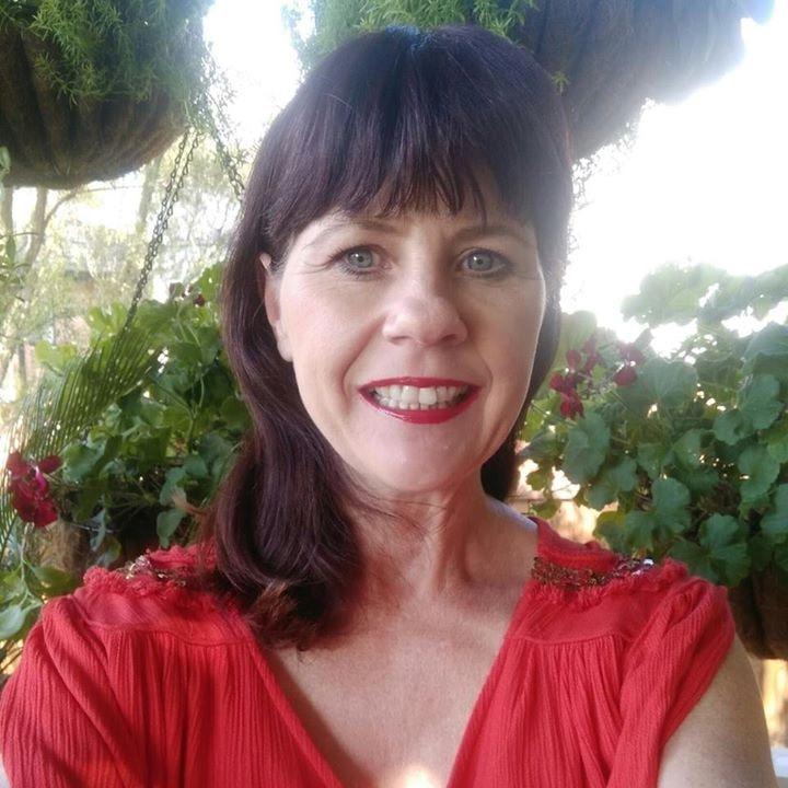 Go to Leanne vellacott's profile