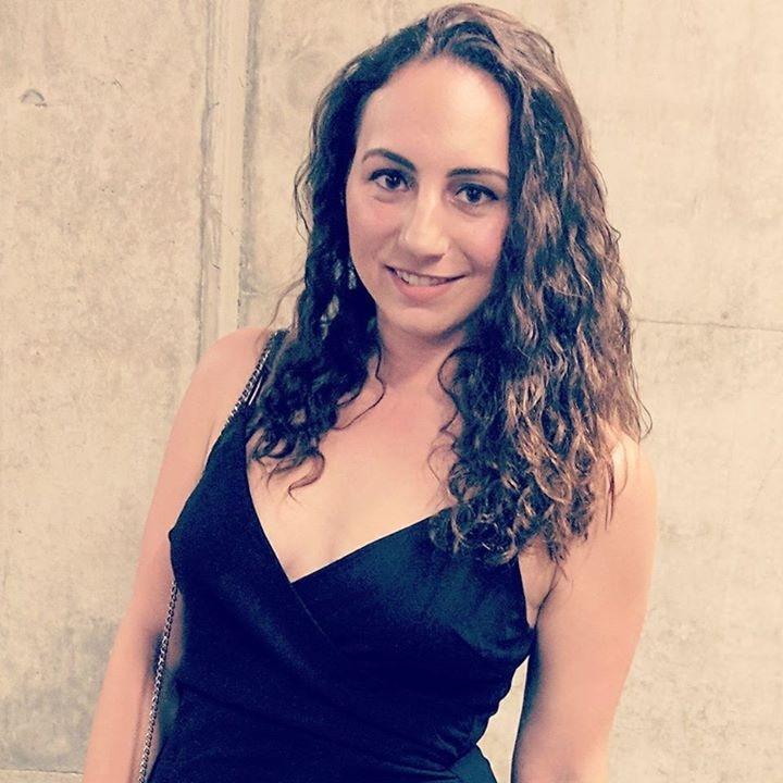 Go to Vhia Davies's profile