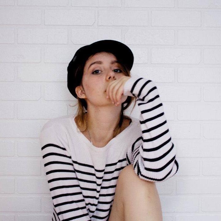 Go to Rébecca Gourdon's profile