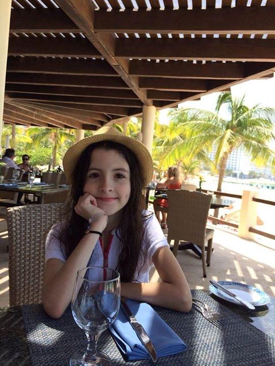 Go to Luisa Dubeux's profile