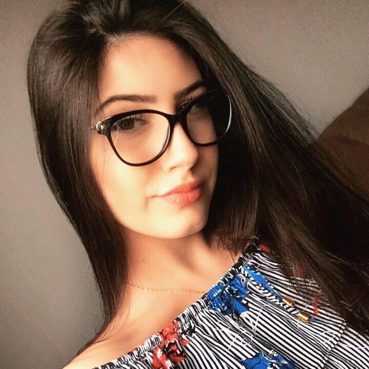 Go to Júlia Freitas's profile