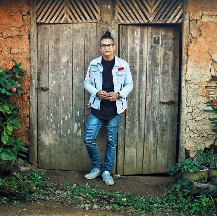 Go to Moe Thet Oo's profile