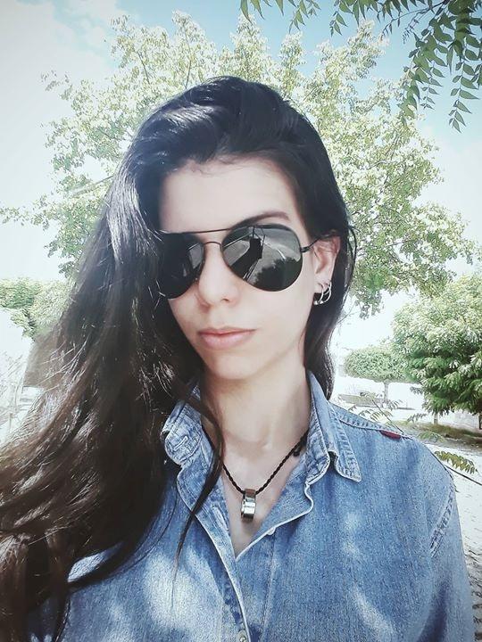 Go to Clara Dantas's profile