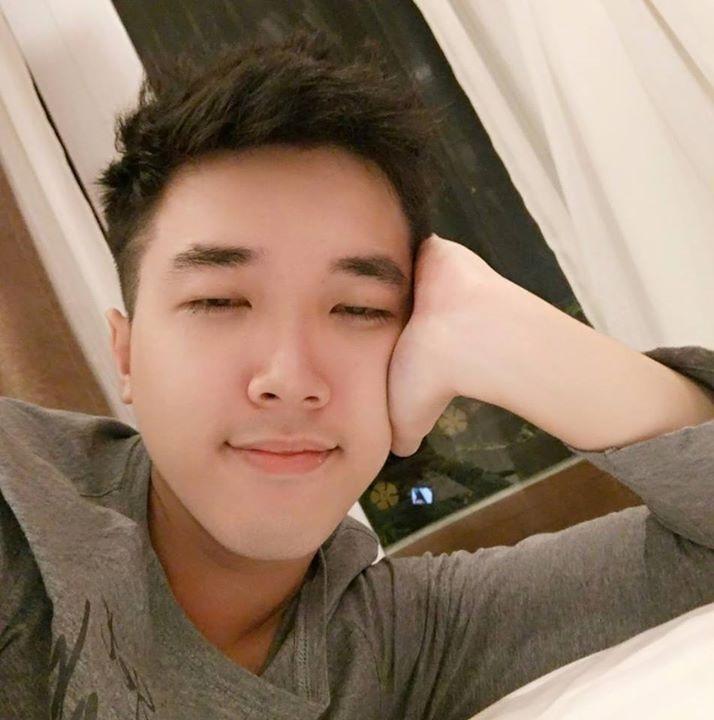 Go to Nguyen Huy's profile