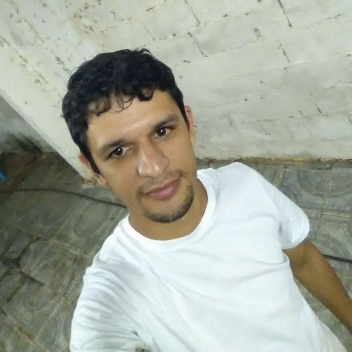 Go to Vitor Candido's profile