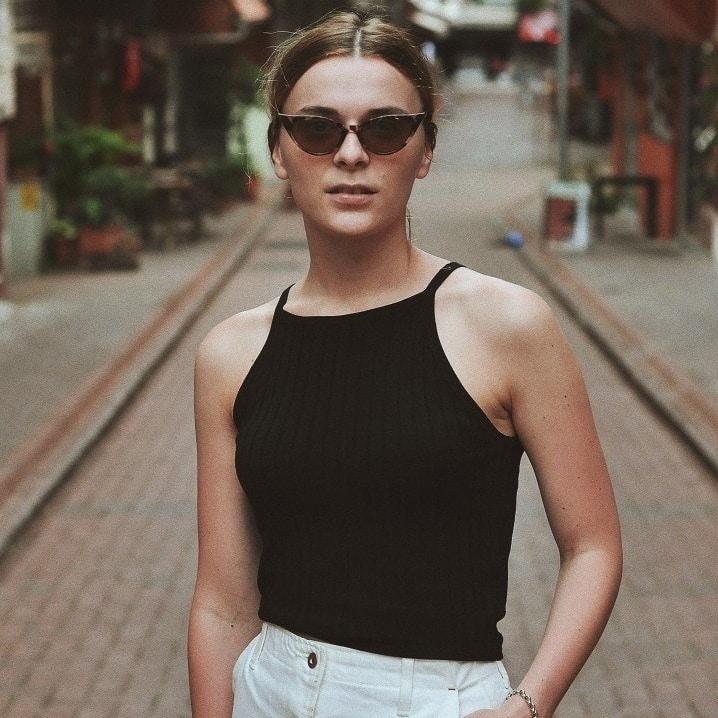 Go to Evgeniya Tsareva's profile