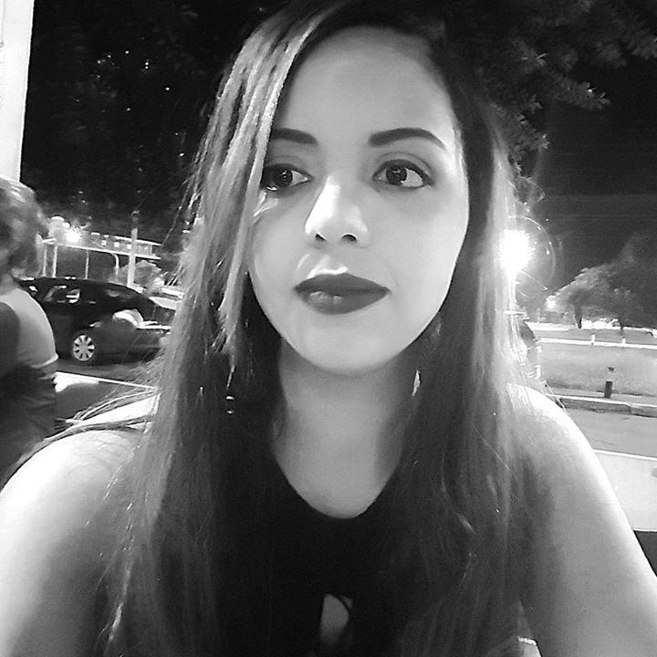 Go to Priscila Santos's profile