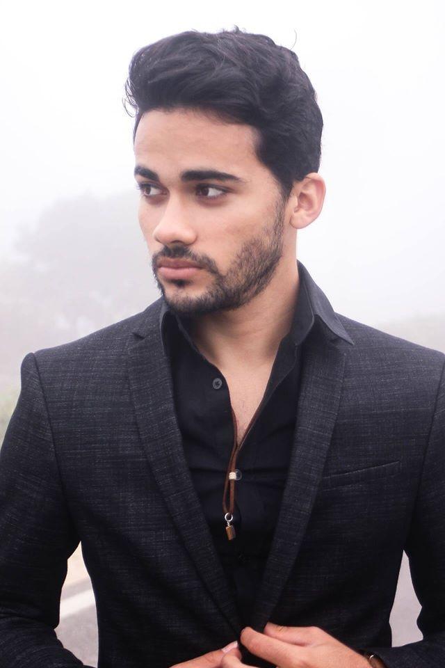 Go to Gabriel Castro's profile
