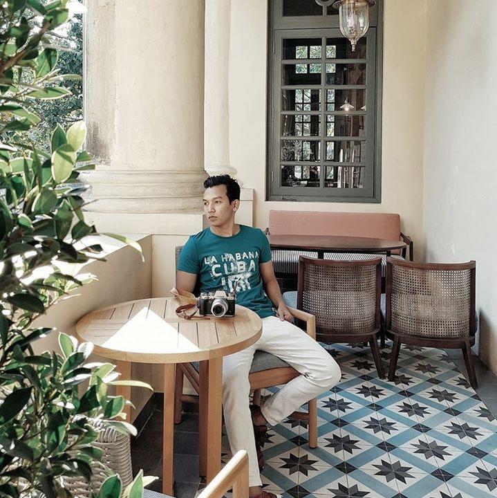 Go to Htet Aung's profile