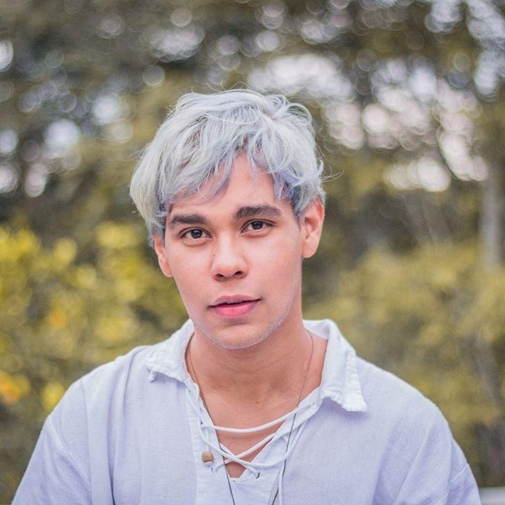 Go to Miguel Calderón's profile