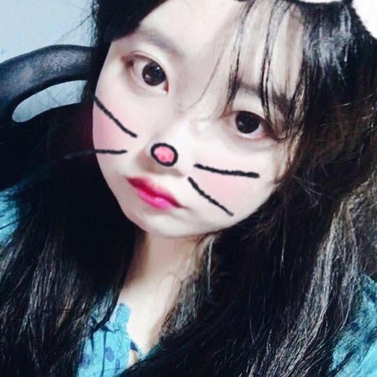 Go to chorong kim's profile