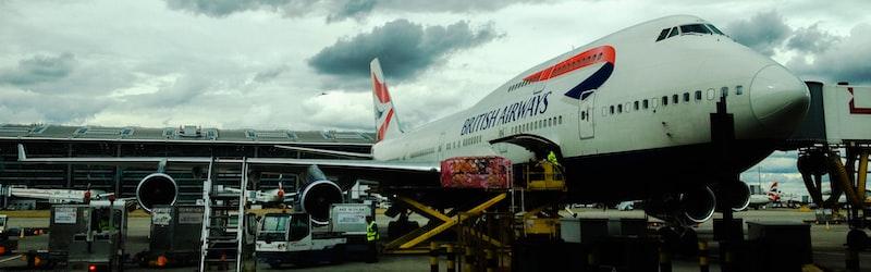 航空会社の国有化に現実味。リーマンショックを例に見る倒産危機からの救済シナリオ。
