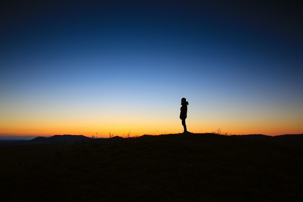 Sunset Alone Pictures Download Free Images On Unsplash
